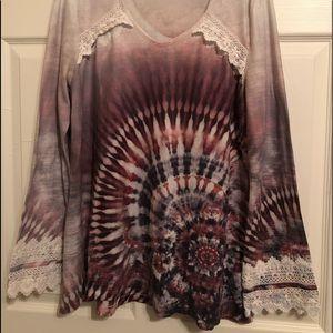 Live and Let Live Embellished Mandala LS Shirt M